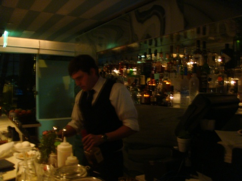 Bar @ Avalon Hotel, Oliverio restaurant